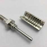 超高圧配管用金具